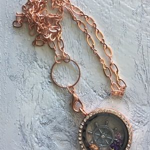 Rose Gold fishing wheel Memory Locket
